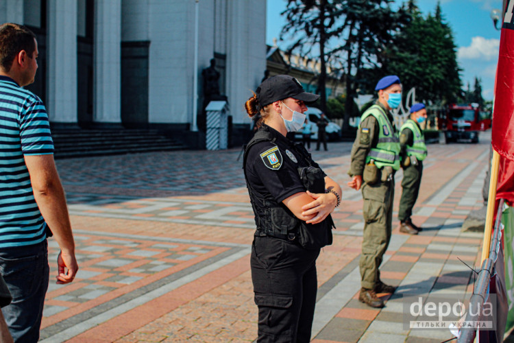 Поліція під Радою