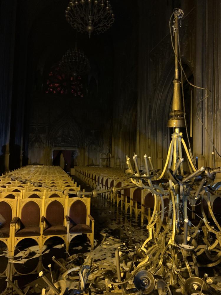 Згоріла люстра у костелі Св. Миколая
