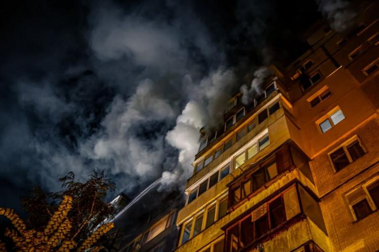 У Києві горіла багатоповерхівка