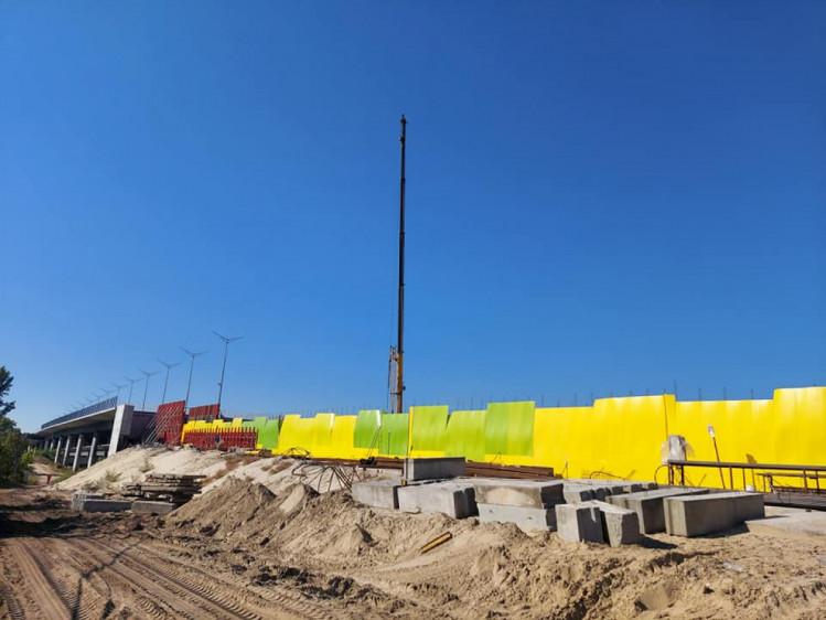 Метро на Троєщину – У Києві на Русанівських садах будують тунелі метро на Троєщину (ФОТО)